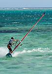 MUS, Mauritius, Black River, Le Morne: Windsurfer an der Suedspitze der Le Morne Halbinsel | MUS, Mauritius, Black River, Le Morne: windsurfer at the south of Le Morne peninsula