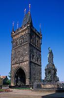 Tschechien, Prag, Altstaedter Brueckenturm, Denkmal Karl IV, Unesco-Weltkulturerbe