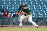 Baylor Bears third baseman Cal Towey #18 prepares to field a ground ball against the Houston Cougars in the NCAA baseball game on March 2, 2013 at Minute Maid Park in Houston, Texas. Houston defeated Baylor 15-4. (Andrew Woolley/Four Seam Images).