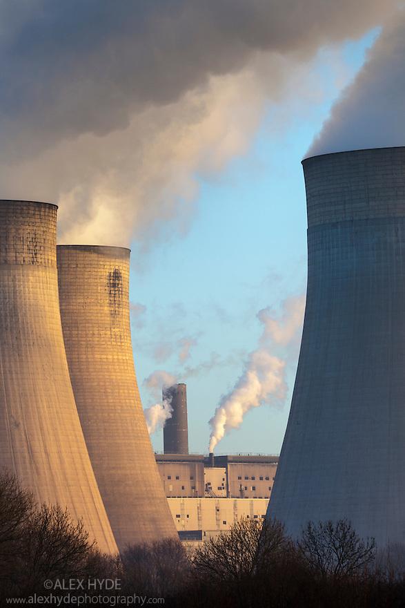 Ratcliffe-on-Soar power station, a coal-fired power station. Nottinghamshire, UK.