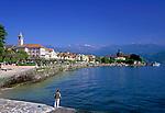 ITA, Italien, Piemont, Lago Maggiore, Badeort Baveno: Promenade und Schiffsanlegestelle   ITA, Italy, Piedmont, Lago Maggiore, Resort Baveno