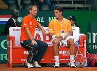 18-9-09, Netherlands,  Maastricht, Tennis, Daviscup Netherlands-France, Jesse Huta Galung en captain Jan Siemerink(l)