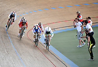 CALI – COLOMBIA – 02-03-2014: Victoria Willamson (Izq.) de Gran Bretaña, Juliana Gaviria (2Izq.) de Colombia, Tania Calvo (3Izq.) de España, Ekaterina Gnidenko de Rusia, Kayono Maeda de Japon y Stephanie Morton de Australia, durante la prueba de Keirin Damas en el Velodromo Alcides Nieto Patiño, sede del Campeonato Mundial UCI de Ciclismo Pista 2014. / Victoria Willamson (L) of Great Britain, Juliana Gaviria (2L) of Colombia, Tania Calvo (3L) of Spain, Ekaterina Gnidenko (3R), of Russia, Kayono Maeda (2R) of Japan and Stephanie Morton (R) of Australia during the test of the Women´s Keirin at the Alcides Nieto Patiño Velodrome, home of the 2014 UCI Track Cycling World Championships. Photos: VizzorImage / Luis Ramirez / Staff.