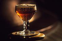Europe/Belgique/Wallonie/Province du Luxembourg/Orval : L'Abbaye - La brasserie - Verre de bière trappiste