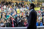 © Joel Goodman - 07973 332324 . 12/11/2016 . Manchester , UK . ANDY BURNHAM , MP for Leigh and candidate for Mayor of Greater Manchester , speaks at the rally . Approximately 2000 people march and rally against Fracking in Manchester City Centre . Photo credit : Joel Goodman