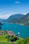 Austria, Tyrol, Pertisau at Achen Lake and Rofan mountains | Oesterreich, Tirol, Pertisau am Achensee vorm Rofangebirge