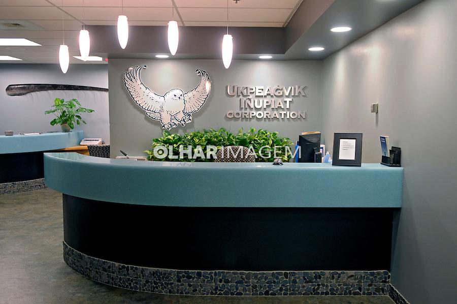 Escritório da empresa Corporação Esquimó UIC (Ukpeagvil Inupiaq Corporation). Anchorage. Alasca. 2008. Foto de Luciana Whitaker.