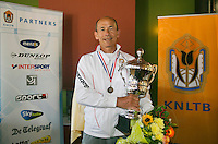August 24, 2014, Netherlands, Amstelveen, De Kegel, National Veterans Championships, Prizegiving, Winner mens single 60+ Jan Sie <br /> Photo: Tennisimages/Henk Koster