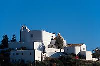 Spanien, Balearen, Ibiza, Kirchberg Puig d'en Missa in Santa Eularia des Riu