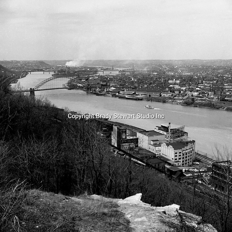 Pittsburgh PA:  View looking down the Ohio River toward the West End Bridge and Neville Island.