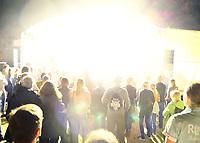Groß-Gerau 24.08.2018: Volk im Schloss<br /> Start der Show der Band Mia mit Sängerin Mieze Katz (Maria Mummert) als Headliner bei Volk im Schloss mit einem Lichtblitz und Knalleffekt<br /> Foto: Vollformat/Marc Schüler, Schäfergasse 5, 65428 R'heim, Fon 0151/11654988, Bankverbindung KSKGG BLZ. 50852553 , KTO. 16003352. Alle Honorare zzgl. 7% MwSt.