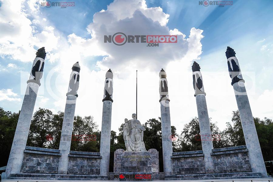 Monument to the Heroes children. The forest of Chapultepec. urban park in Mexico City.<br /> (Photo: Luis Gutierrez / NortePhoto.com).<br /> <br /> Monumento a los Niños Héroes. El bosque de Chapultepec. parque urbano  en la Ciudad de México.<br /> (Foto: Luis Gutierrez / NortePhoto.com).