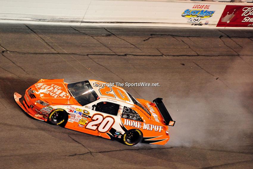Feb 07, 2009; 8:34:23 PM;  Daytona Beach, FL. USA; NASCAR Sprint Cup Series race at the Daytona International Speedway for the  Budweiser Shootout.  Mandatory Credit: (thesportswire.net)