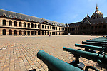 Cannons display as trophy in the Court of the Museum of the Army. Hotel Les Invalides. Paris. City of Paris. France