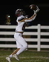 Chris Cortez (80) of Springdale catches ball for touchdown on Friday, Oct. 8, 2021, during the first half of play at Wildcat Stadium in Springdale. Visit nwaonline.com/211009Daily/ for today's photo gallery.<br /> (Special to the NWA Democrat-Gazette/David Beach)
