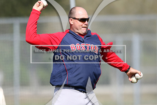 March 18, 2010:  Coach Arnie Beyeler of the Boston Red Sox organization during Spring Training at Ft.  Myers Training Complex in Fort Myers, FL.  Photo By Mike Janes/Four Seam Images