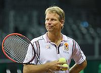September 10, 2014,Netherlands, Amsterdam, Ziggo Dome, Davis Cup Netherlands-Croatia, Training Dutch team, captain Jan Siemerink<br /> Photo: Tennisimages/Henk Koster