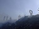 Iraq 2006 .People searching in a rubbish dump in Koysanjak.Irak 2006.Fouille dans un depot d'ordures de Koysanjak