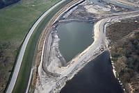Kreetsand: EUROPA, DEUTSCHLAND, HAMBURG 18.03.2015:  Das IBA-Projekt Kreetsand, ein Pilotprojekt im Rahmen des Tideelbe-Konzeptes der Hamburg Port Authority (HPA), soll auf der Ostseite der Elbinsel Wilhelmsburg zusaetzlichen Flutraum für die Elbe schaffen. Das Tidevolumen wird durch diese strombauliche Massnahme vergroessert und der Tidehub reduziert. Gleichzeitig ergeben sich neue Moeglichkeiten für eine integrative Planung und Umsetzung verschiedenster Interessen und Belange aus Hochwasserschutz, Hafennutzung, Wasserwirtschaft, Naturschutz und Naherholung. Das Projekt Kreetsand wird vor diesem Hintergrund auch einen Teil des IBA-Projekts Deichpark-Elbinsel darstellen. Bei dem Projekt werden diese Aspekte für die gesamte Elbinsel analysiert und vorteilhafte Maßnahmen und Strategien fuer die Kombination der verschiedenen Anforderungen entwickelt.
