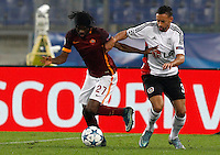 Calcio, Champions League, Gruppo E: Roma vs Bayer Leverkusen. Roma, stadio Olimpico, 4 novembre 2015.<br /> Roma's Gervinho, left, is challenged by Bayer Leverkusen's Karim Bellarabi during a Champions League, Group E football match between Roma and Bayer Leverkusen, at Rome's Olympic stadium, 4 November 2015.<br /> UPDATE IMAGES PRESS/Riccardo De Luca