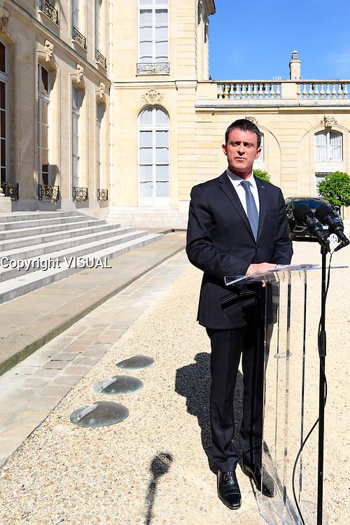 Manuel Valls - Conseil restreint de sÈcurite et de defense ‡ l'Elysee suite a l'attentat de Nice perpetre le 14 juillet.