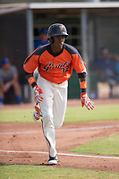 San Francisco Giants outfielder Alexander Canario (32) sprints down the first base line during an Instructional League game against the Kansas City Royals at the Giants Training Complex on October 17, 2017 in Scottsdale, Arizona. (Zachary Lucy/Four Seam Images)