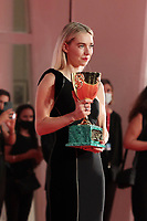 VENICE, ITALY - SEPTEMBER 12: Vanessa Kirby poses with the Coppa Volpi for Best Actress during the winners photocall at the 77th Venice Film Festival on September 12, 2020 in Venice, Italy. <br /> CAP/MPI/AF<br /> ©AF/MPI/Capital Pictures