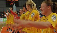 Handball, Frauen, 1. Bundesliga. HC Leipzig gg Bayer Leverkusen. im Bild:  Leipzigs Handballdamen feiern den Sieg. Foto: Alexander Bley