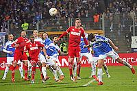 György Garics (Darmstadt) gegen Simon Zoller (Koeln) - SV Darmstadt 98 vs. 1. FC Koeln, Stadion am Boellenfalltor
