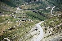 for those trailing behind it can be a lonely descent off the Col du Tourmalet (HC/2115m/17km/7.3%)<br /> <br /> st11: Pau - Cauterets (188km)<br /> 2015 Tour de France