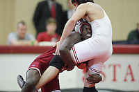 27 October 2007: Marcus Henderson earns an exhibition win over Trevor Stevens during intra-squad wrestle-offs at Burnham Pavilion in Stanford, CA.