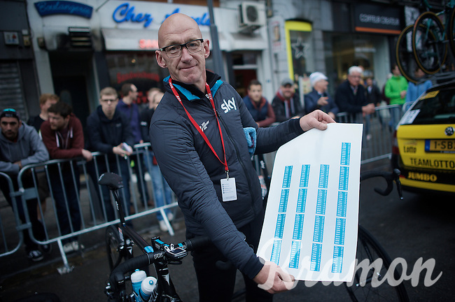 Hyper professional Team Sky print sky-blue route-planners on sticker paper at the exact size of the top tubes of their bikes...<br /> as demonstrated by Team SKY mechanic Pascal Nerinckx<br /> <br /> 101th Liège-Bastogne-Liège 2015