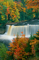 Upper Falls, Tahquamenon River<br />