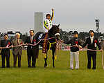 Nihonpiro Ours beats a field of G1 winners in the 13th Japan Cup Dirt at Hanshin Racecourse in Takarazuka, Japan.