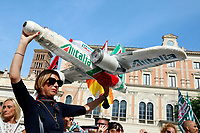 Demonstration of the workers of Alitalia together with the trade unions in Piazza San Silvestro.<br /> Rome (Italy), September 10th 2021<br /> Photo Samantha Zucchi Insidefoto