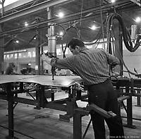 fabrication-des-voitures-du-mtro--la-canadian-vickers---21-janvier-1965