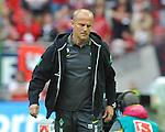 14.05.2011, Fritz-Walter Stadion, Kaiserslautern, GER, 1. FBL, 1.FC Kaiserslautern vs Werder Bremen, im Bild Thomas Schaaf (Bremen Trainer), Foto © nph / Roth