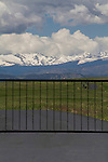 Gated community and the RockyMountains, Boulder, Colorado,