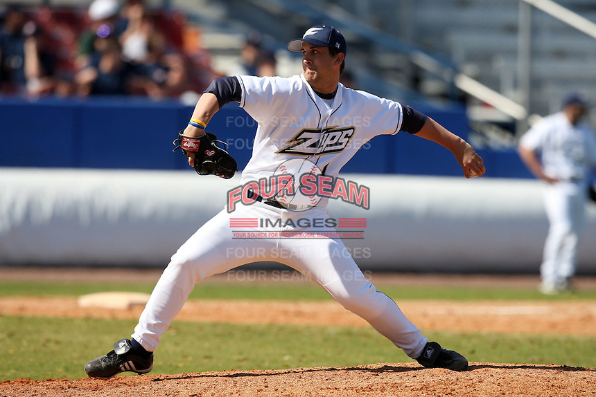March 14, 2010:  Pitcher Zach Yike (1) of the Akron Zips vs. the Yale Bulldogs in a game at Chain of Lakes Park in Winter Haven, FL.  Photo By Mike Janes/Four Seam Images