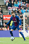 Gerard Pique Bernabeu of FC Barcelona in action during the La Liga 2017-18 match between FC Barcelona and Valencia CF at Camp Nou on 14 April 2018 in Barcelona, Spain. Photo by Vicens Gimenez / Power Sport Images