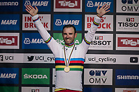 after many Worlds podiums, Alejandro Valverde (ESP/Movistar) finally wins the World Championships<br /> <br /> MEN ELITE ROAD RACE<br /> Kufstein to Innsbruck: 258.5 km<br /> <br /> UCI 2018 Road World Championships<br /> Innsbruck - Tirol / Austria