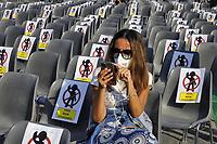 Milano, 18 Settembre 2020, manifestazione nazionale dei sindacati confederali CGIL, CISL e UIL per la ripartenza del lavoro dopo l'emergenza Coronavirus; richiesta fra l'altro di ammortizzatori sociali, contratti nazionali, diritto al'istruzione ed alla sanità pubblica, sicurezza sul lavoro e politiche industriali.<br /> <br /> - Milan, 18 September 2020, national demonstration of the confederal trade unions CGIL, CISL and UIL for the resumption of work after the Coronavirus emergency; request for, among others, social shock absorbers, national contracts, right to education and public health, safety at work and industrial policies.