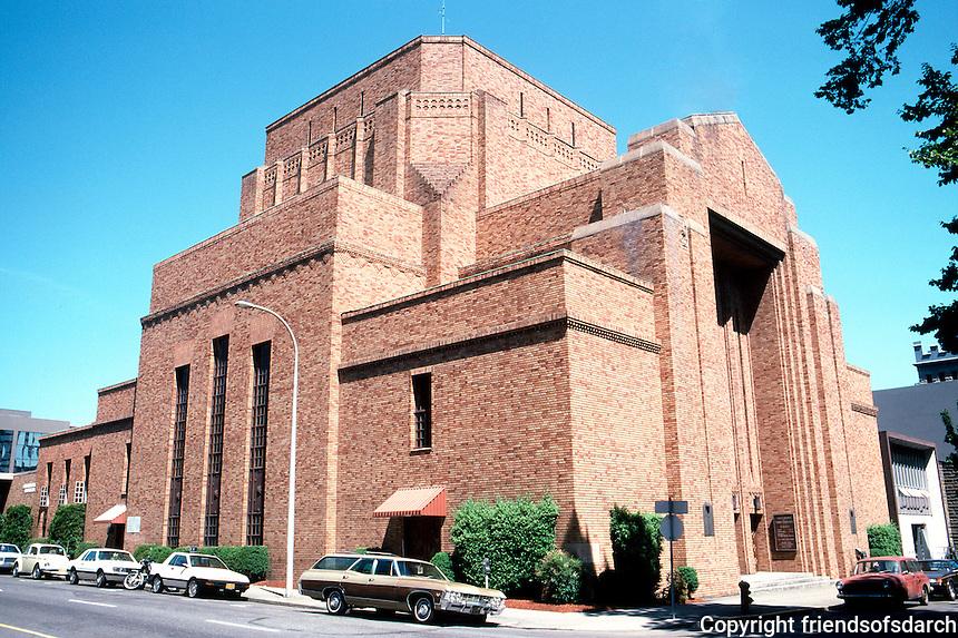 Portland: Sixth Church Christ Scientist, 1331 SW Park. Wide Angle. Photo '86.