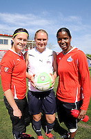 Erin McLeod, Christie Welsh and Briana Scurry at the Washington Freedom practice session, Thursday April 8, 2010