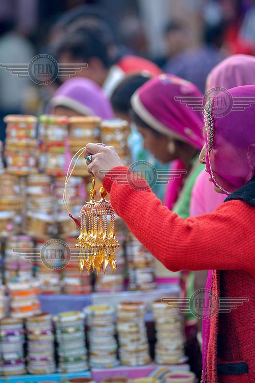 Women shop for bangles in Sardar Market in the run-up to December's 'wedding season'.