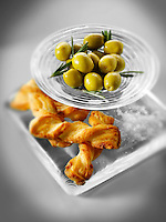 Olives an bread sticks snack