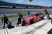 2017 NASCAR Xfinity Series<br /> My Bariatric Solutions 300<br /> Texas Motor Speedway, Fort Worth, TX USA<br /> Saturday 8 April 2017<br /> Erik Jones, Game Stop/ GAEMS Toyota Camry pit stop<br /> World Copyright: Matthew T. Thacker/LAT Images<br /> ref: Digital Image 17TEX1mt1331