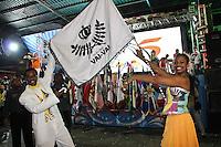 SAO PAULO, SP, 09 DE DEZEMBRO DE 2011, Pingo e Paula, mestre-sala e porta-bandeira da VAI VAI, no LANÇAMENTO DO CD DA LIGA DAS ESCOLAS DE SAMBA 2012 na quadra da Escola de Samba Rosas de Ouro, zona norte de SP.  (FOTO: MILENE CARDOSO / NEWS FREE)