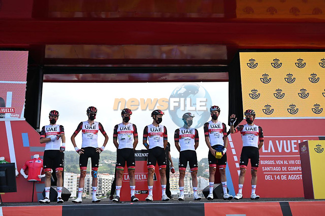 UAE Team Emirates best team from yesterday's stage at sign on before Stage 20 of La Vuelta d'Espana 2021, running 202.2km from Sanxenxo to Mos, Spain. 4th September 2021.    <br /> Picture: Cxcling | Cyclefile<br /> <br /> All photos usage must carry mandatory copyright credit (© Cyclefile | Cxcling)