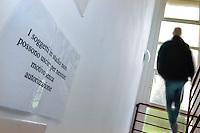 Cavie Umane, Svizzera in Canton Ticino ad Arzo, presso la Cross Research vengono sperimentati nuovi farmaci su volontari.